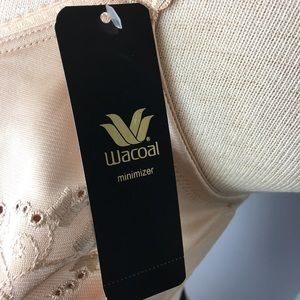 Wacoal Intimates & Sleepwear - Wacoal minimizer bra 38DDD Beige 85154